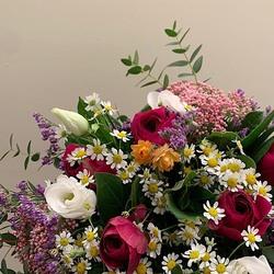 🌿Bientôt le printemps🌿 Le shop est ouvert et les livraisons jusqu'à 20 heures aujourd'hui 💐 🚚  #flowers #fleurs#livraison #aixenprovence #aixmaville #printemps
