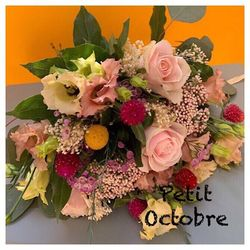 🌿Nos deux jolis bouquets d'octobre sont tout le mois sur le shop. Notre petit octobre à 29,90 euros est disponible à la livraison gratuite sur Aix en Provence et pays d'Aix🌿 Lien dans la bio