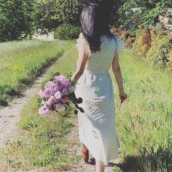 🌿C'était l'année dernière... Mais pour Blossom rien n a changé, la livraison est toujours gratuite sur Aix-en-Provence et Pays d'Aix pour vous faciliter la vie et jouer l'effet de surprise auprès des gens que vous aimez🌿 •Rendez-vous sur notre site:www.blossom-aix.com livraison de 10h à 20h tous les jours 🚚  #fleurs#flowers#livraisonadomicile