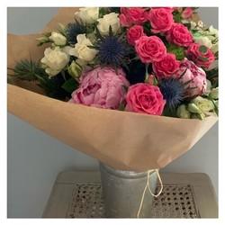 🌿Le bouquet du marché🌿 À retrouver sur le shop et en livraison gratuite sur Aix-en-Provence et pays d Aix 😉 www.blossom-aix.com #bouquetdefleurs #aixmaville #livraisonadomicile