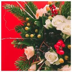 🌿Retrouvez nos 2 bouquets du mois sur le shop et bénéficiez de -10% de réduction pour toutes commandes ou précommandes passées avant le 16 décembre. Code noel2019 🎄🎅🏻🌿 • #flowers #flower #petal #petals #nature #beautiful #love #pretty #blossom #sopretty #fall#winter#aix#aixmaville #flowerslovers #botanical #floral #florals#flowermagic#pertuis#venelles#marseille#roses#photography#provence#sud